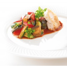 Chicken aiguillette with ratatouille High-protein dish